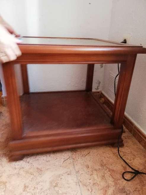 Imagen mesa baja con cristal