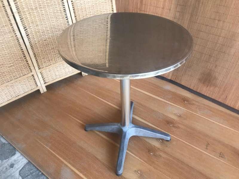 Imagen producto Lote mesas y sillas 2