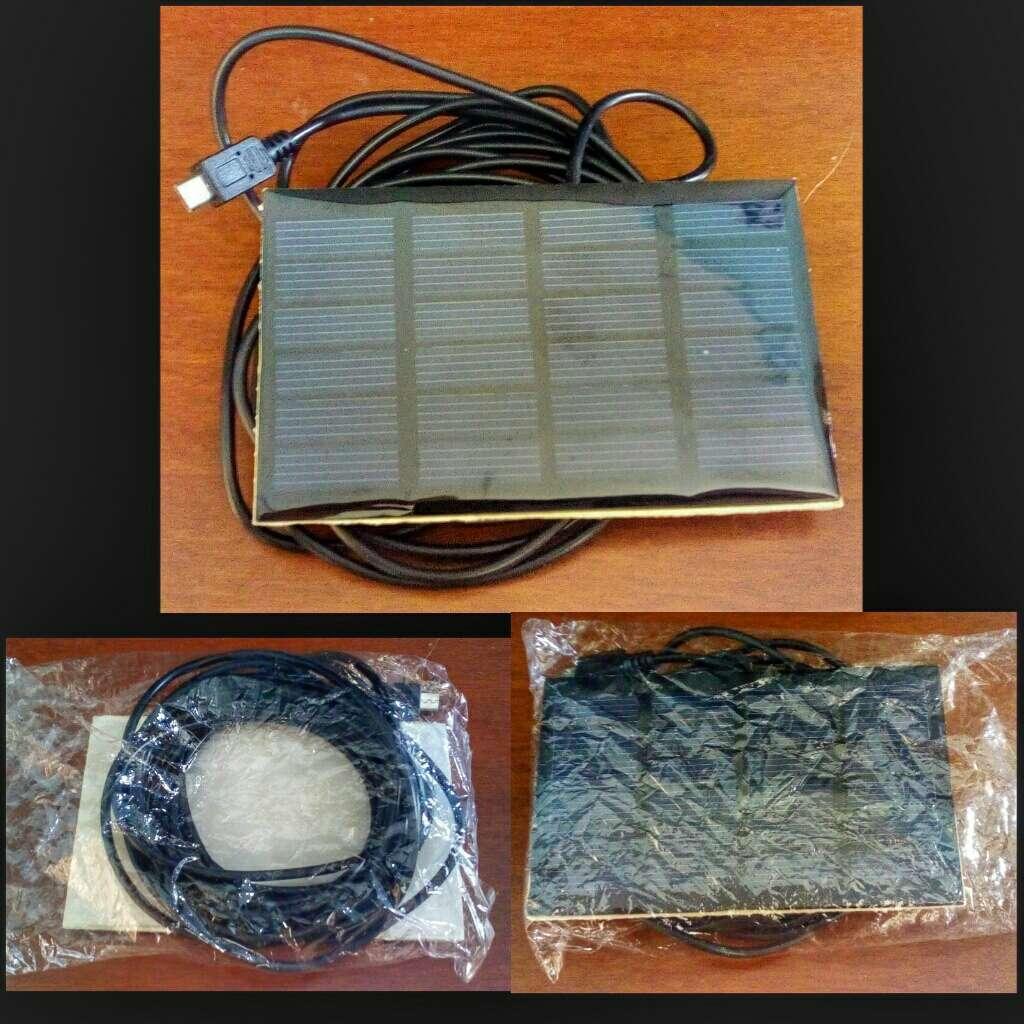 Imagen Placa Solar Con Conexion a Movil