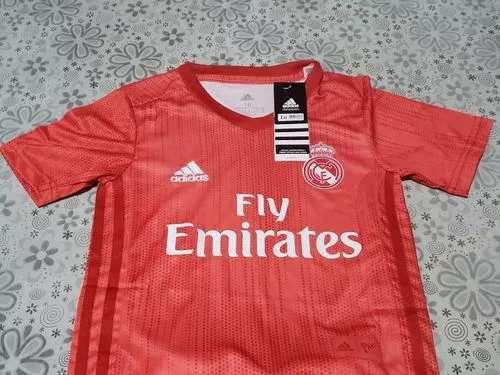 Imagen producto Conjuntos niños Real Madrid 2019 coral  4