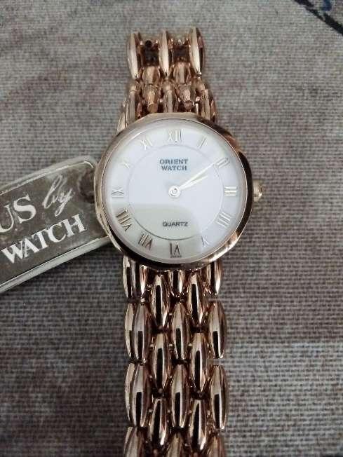 Imagen Reloj Orient chapado nuevo