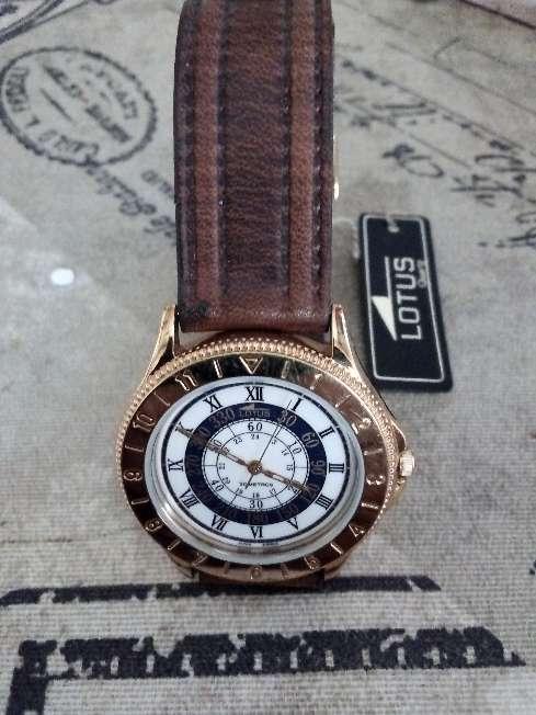 Imagen Reloj Lotus de hombre nuevo