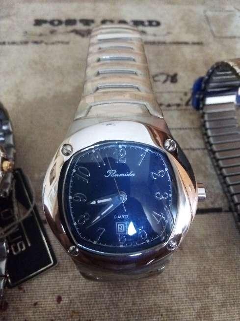 Imagen producto Reloj de hombre nuevo  1