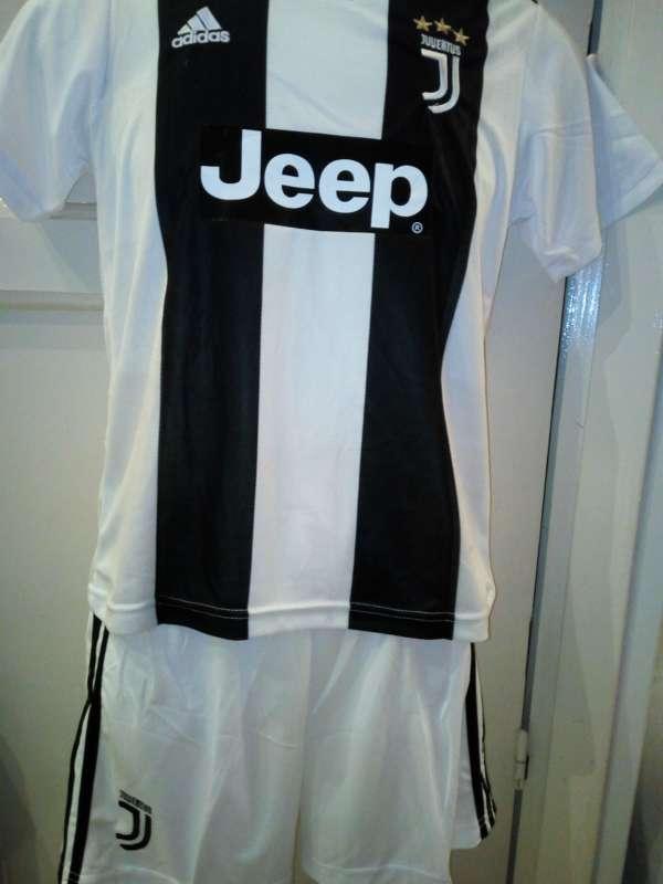 Imagen producto Equipaciones niños Juventus Turin 2019  2