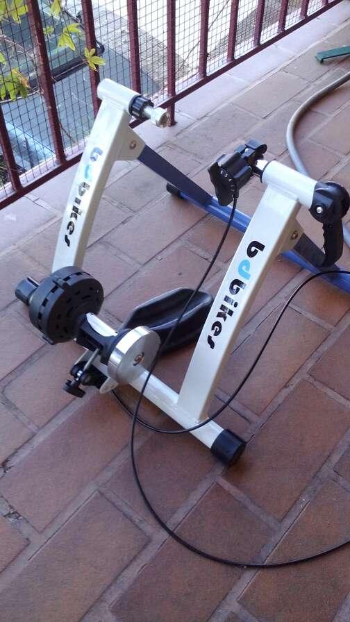 Imagen rodillo entrenamiento bicicleta