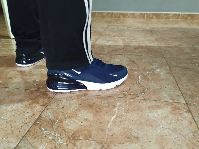 Imagen producto CHOLLO!! Zapatillas de mujer y hombre 4