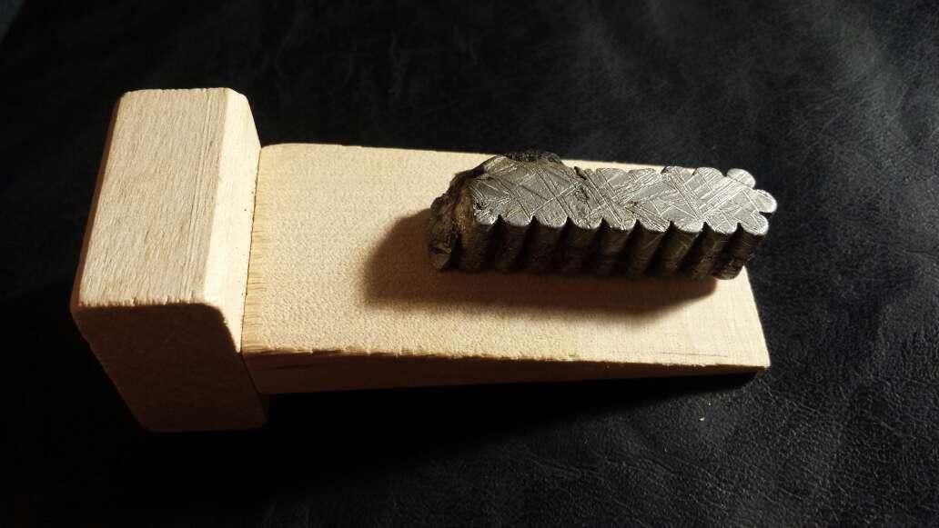 Imagen producto Meteorito Muonionalusta con nódulo  2