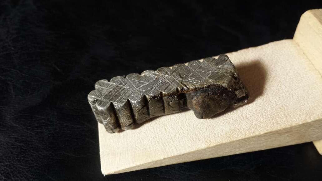 Imagen producto Meteorito Muonionalusta con nódulo  7