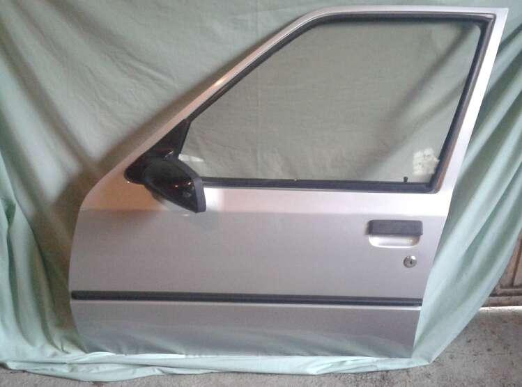 Imagen Puerta Peugeot 205