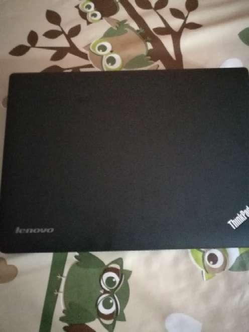 Imagen portatil Lenovo
