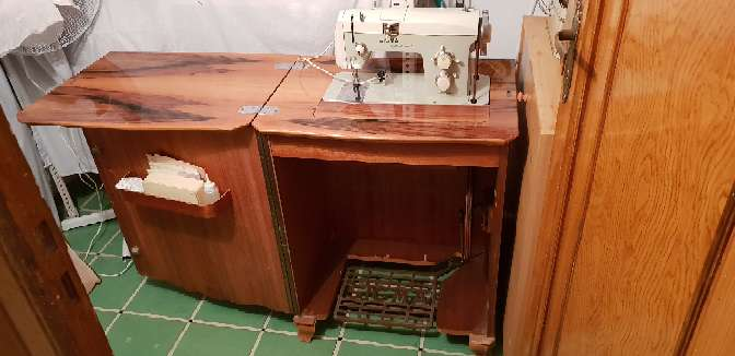 Imagen producto Maquina de coser se puede negociar 2