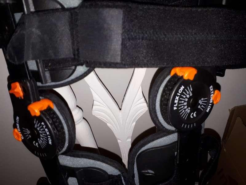 Imagen Ferula articulada para rodilla marca orliman ajustable