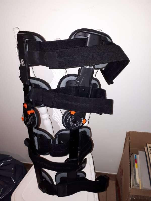 Imagen producto Ferula articulada para rodilla marca orliman ajustable 3