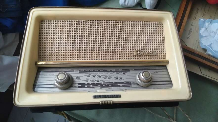 Imagen Radio sonata Telefunken años 50 todo original