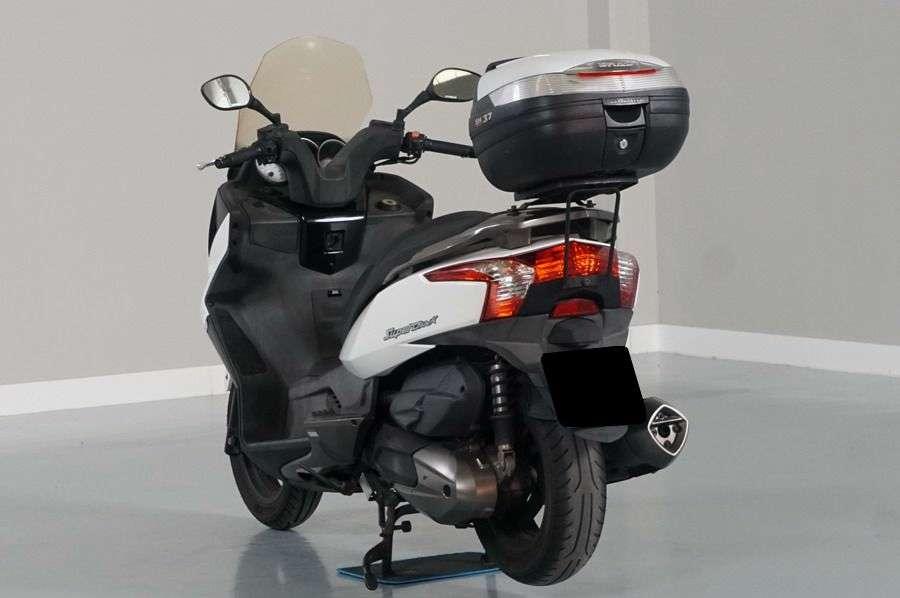 Imagen producto Kymco Super Dink 300i. 1 Solo Propietario. Sin Caidas. 10