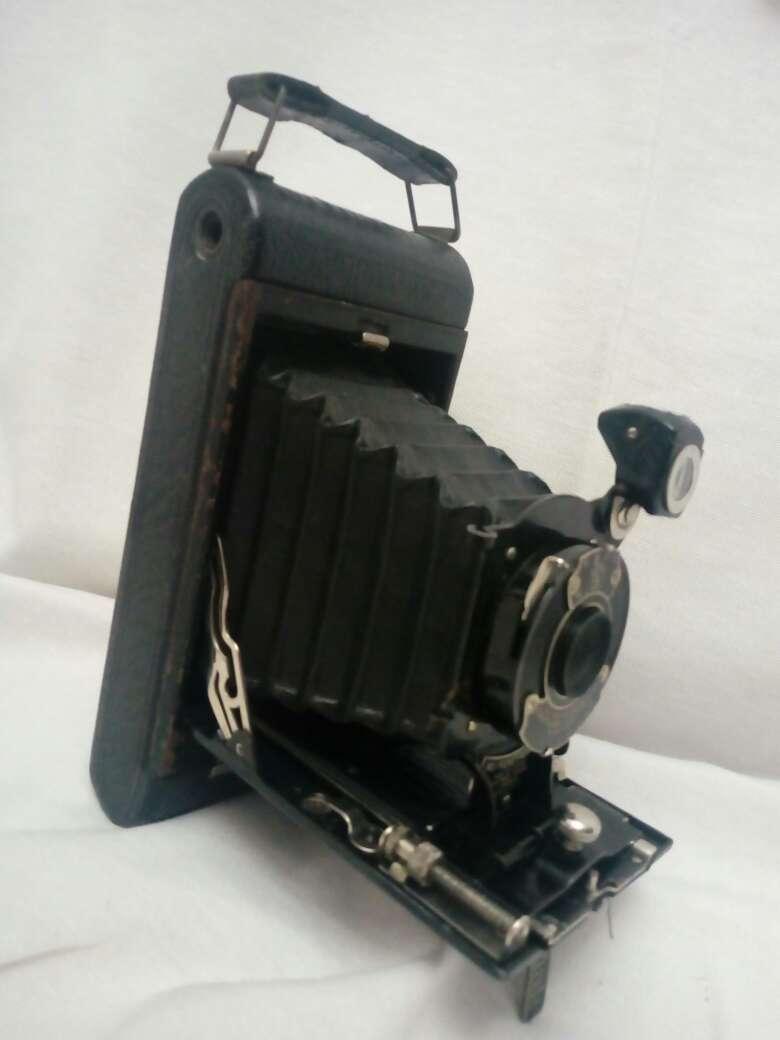 Imagen producto Cámara fuelle antigua 4