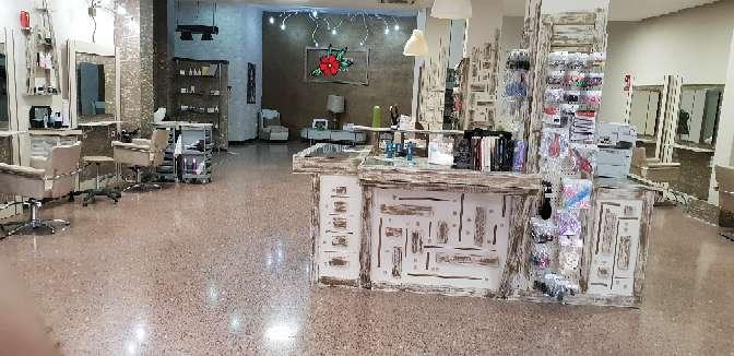 Imagen producto Traspaso de peluqueria y estética + tienda 3