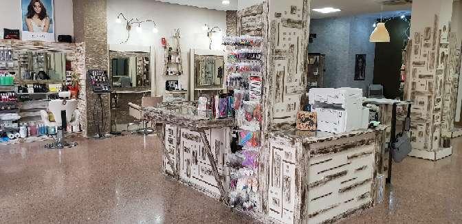Imagen producto Traspaso de peluqueria y estética + tienda 8