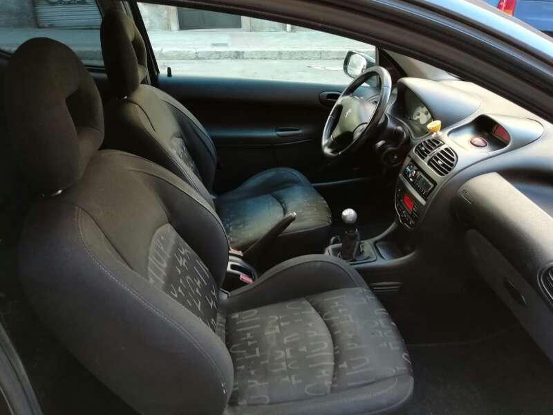 Imagen producto Peugeot 206 xs sport año 2005 6
