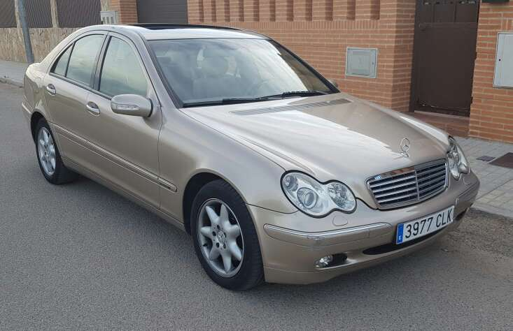 Imagen producto Mercedes benz clase c 270 CDI avamgarde 1