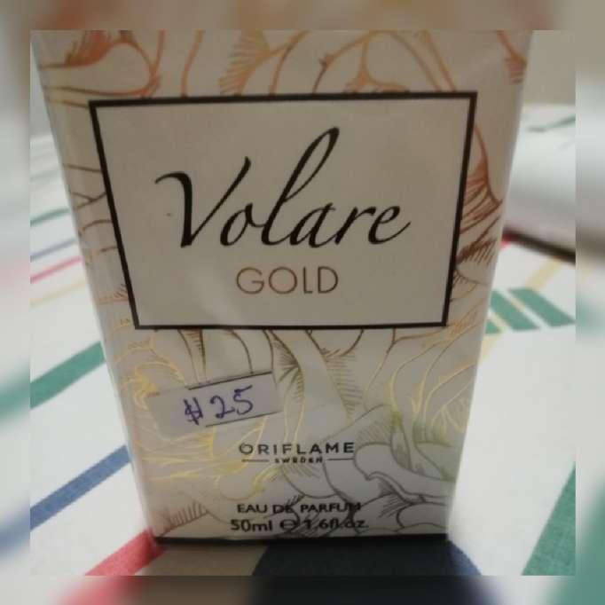 Imagen producto Perfumes, maquilla y hermosa cartera 6