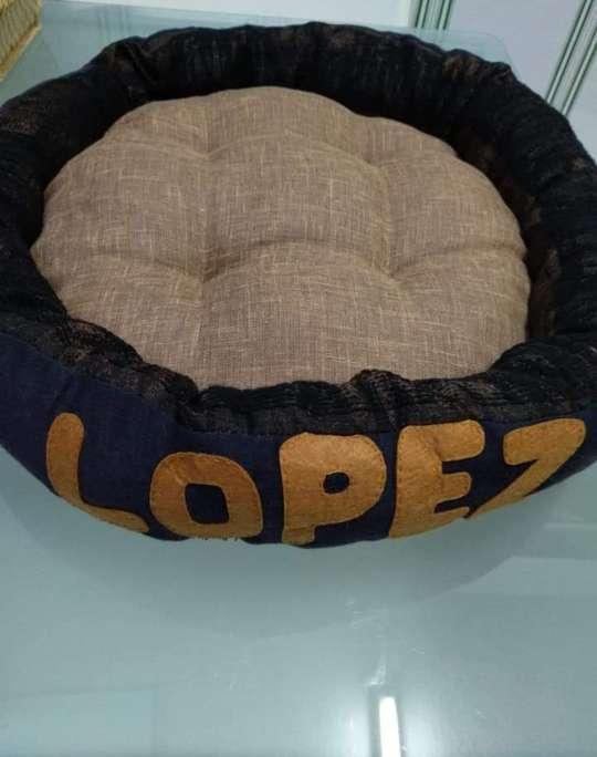 Imagen producto Cama para gato o perro personalizada  2