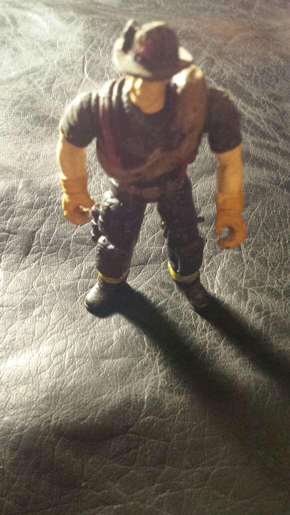 Imagen producto Muñeco antiguo bombero  2