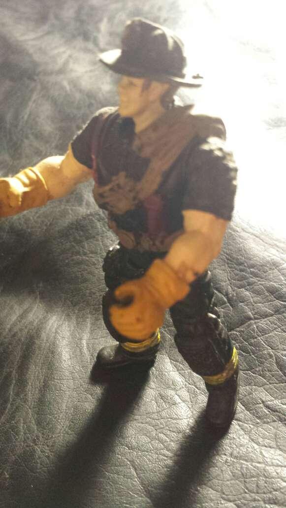Imagen producto Muñeco antiguo bombero  4