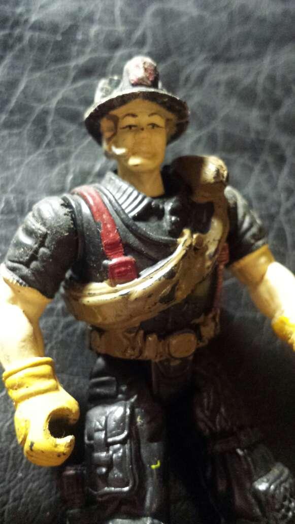 Imagen producto Muñeco antiguo bombero  5