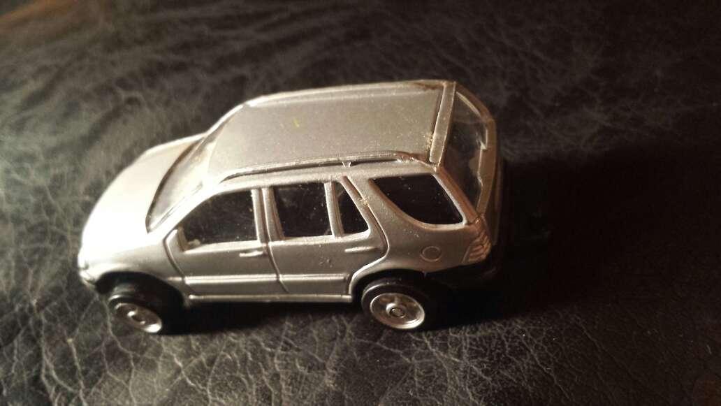Imagen producto Wagon 4x4 gris 2