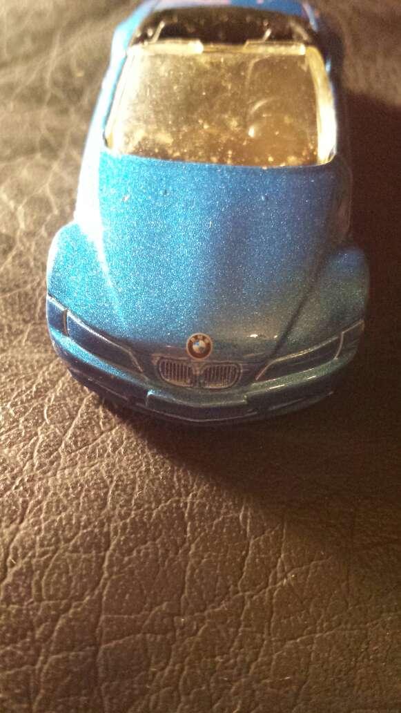 Imagen producto BMW azul metalizado  4