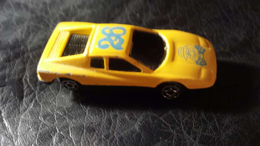 Imagen producto Coche amarillo 26 2