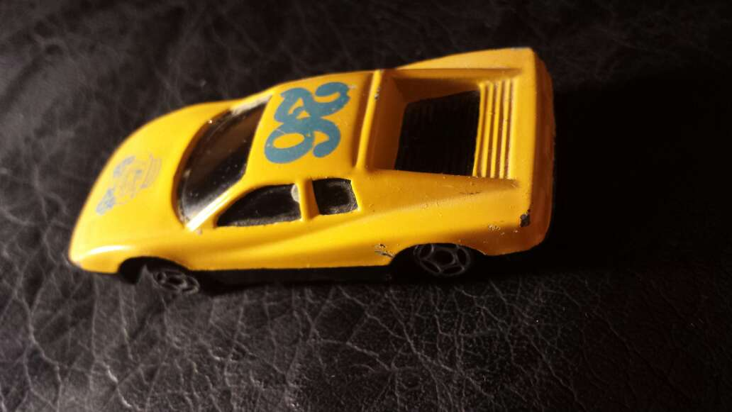 Imagen producto Coche amarillo 26 4