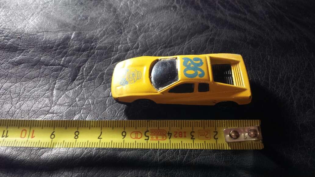 Imagen producto Coche amarillo 26 5