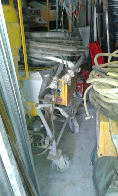 Imagen 2 máquinas de proyectar 380w.
