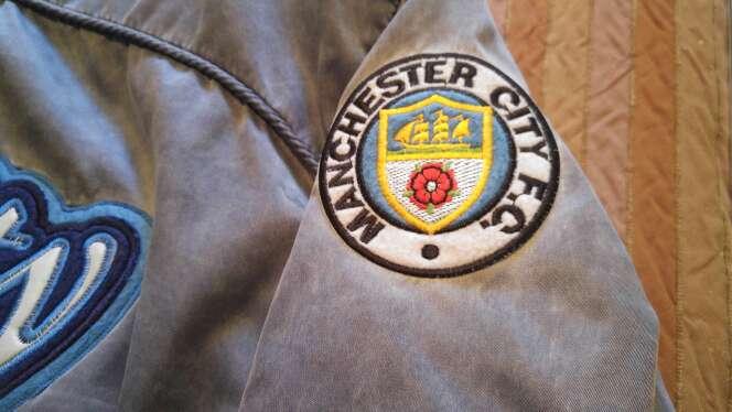 Imagen producto Manchester city sport jacket. 8