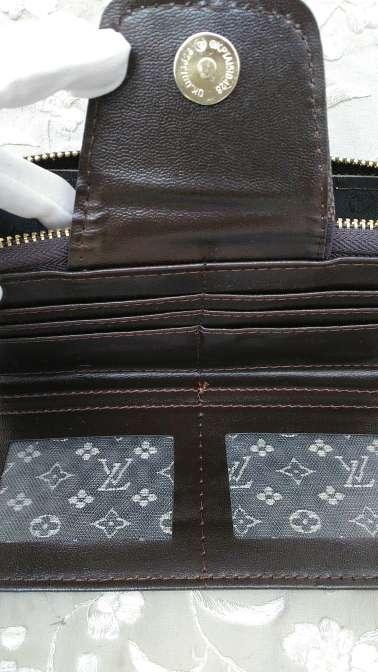 Imagen producto MONEDERO LOUIS Vuitton  5