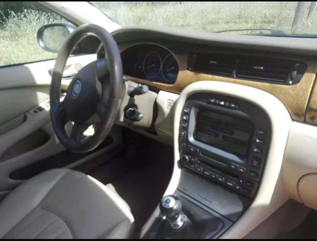 Imagen producto Jaguar X-TIPE 2.0 D 5