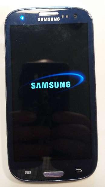 Imagen producto Samsung Galaxy S3 i9300 16 gb memoria interna y libre. 3