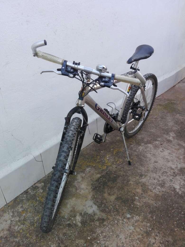 Imagen Bicicleta de montaña con cuadro de aluminio