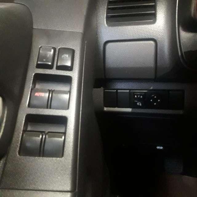 Imagen producto Chevrolet Luv Dmax Ls 4x4 Full Equipo con puesto en compañía  6