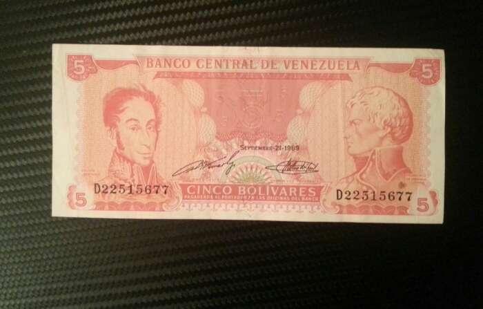 Imagen producto Billetes del mundo . antigüedad  10