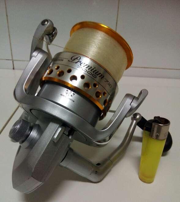 Imagen producto Carrete de Pesca Premium Pro 7000 Mitchell  2
