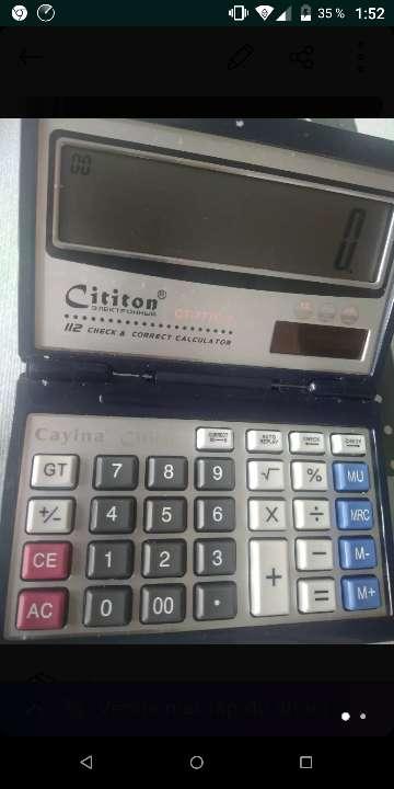 Imagen calculadora plegable