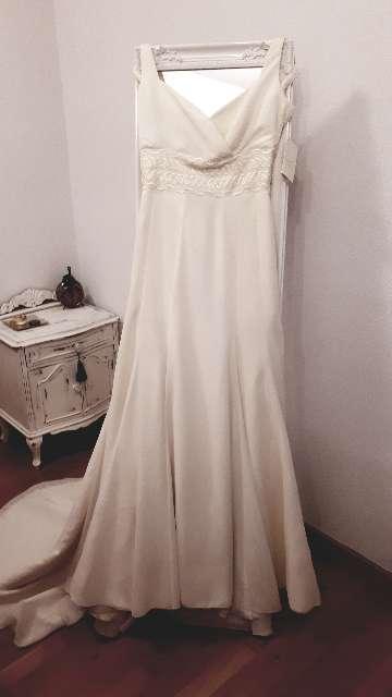 Imagen Vestido novia nuevo. Firma Isabel Aguado