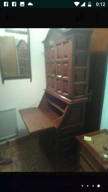 Imagen gabinete-escritorio antiguo