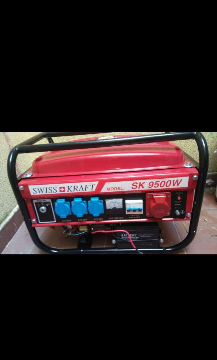 Imagen Generador eléctrico 9500w nuevo a estreno