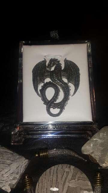 Imagen producto Dragón con polvo de meteorito metálico  2