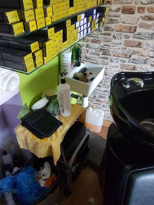 Imagen producto Se traspasa peluqueria funcionando 4