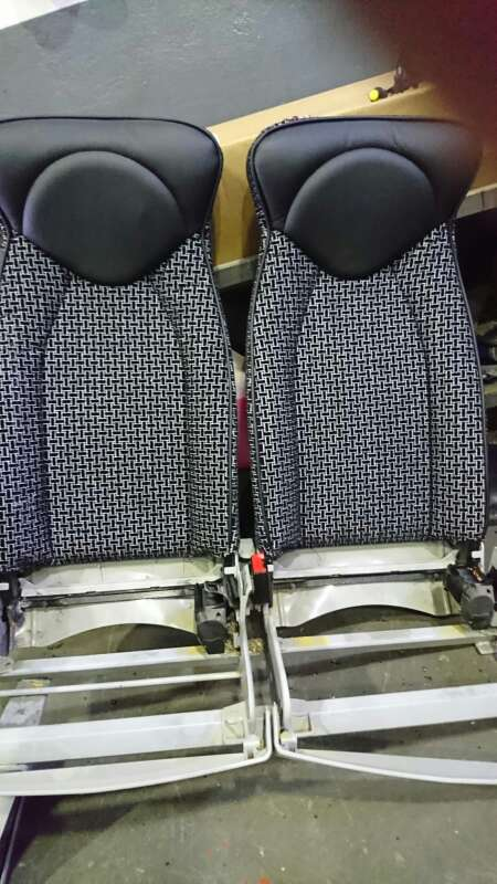 Imagen producto Tapicería de asientos techos caídos. puertas  6